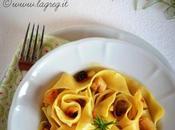 Pappardelle ragù bianco coniglio, mandorle olive taggiasche
