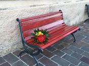 Napoli. panchina rossa contro violenza sulle donne: l'iniziativa Liceo Umberto