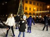 Modena pista pattinaggio ghiaccio piazza Roma!