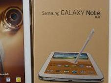 Samsung Galaxy Note Two-Track Strategy