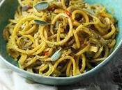 Spaghetti zucca pesto salvia