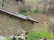 Pasqua Pasquetta alla fattoria olistica d'Pignat Lama Mocogno