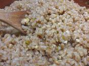 Farro (cotto risotto) gambi cipollotto nocciole
