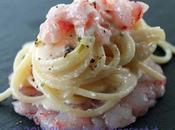 Spaghetti beurre blanc prosecco tartare gamberi rossi Mazara, pepe rosa, granella pistacchi
