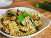 Pasta zucchine, gorgonzola menta