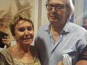 Carla castaldo premio alla carriera arte salento 2017 presidente vittorio sgarbi