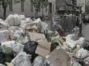 Napoli Rifiuti, 2000 tonnellate ancora terra (29.04.11)