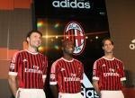 Maggio 2011:adidas presenta nuova maglia dell'A.C. Milan stagione 2011/12!!!