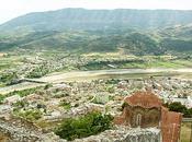 Cosa vedere Berat, Albania, quartieri storici antichi castelli