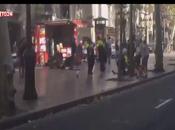 Barcellona. Furgone sulla folla centro: morti
