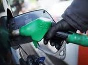 Ecco come risparmiare euro l'anno benzina questi trucchi