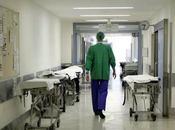Operata naso, risveglio parla solo inglese: medici mistero