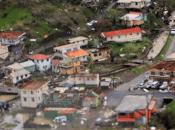 L'uragano Maria causato almeno morti sull'isola Dominica, Caraibi
