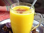Golden milk, latte d'oro