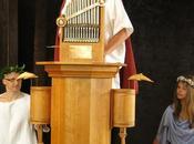 Ascolta l'hydraulis, l'antico organo greco acqua