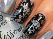 Stamp with Holographic Pigment Coat Marianne Nails Plate Tutorial
