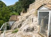 Sicilia fuori stagione: misteriosi Santoni Palazzolo Acreide