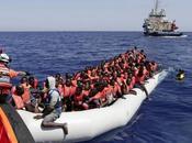 Crotone, arrivo Open Arms migranti bordo
