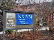 NXIVM: potente culto trasforma donne ricche schiave controllo mentale