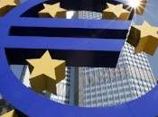 Eurozona, bene vendite dettaglio calano