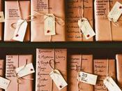 BookMob Piazza Dante: scambio libri natalizio cuore Napoli