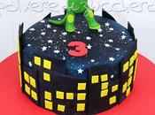 Torta decorata Superpigiamini, Masks cake: Geko/Greg tridimensionale pasta zucchero
