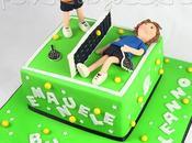Torta decorata campo tennis (bis) compleanno bimbo, tennisti pasta zucchero tridimensionali
