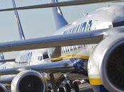 Cessione Alitalia, tempi allungano. Commissari lavoro