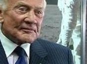 Buzz Aldrin torna parlare dell'Ufo dell'Apollo supera test della macchina verità
