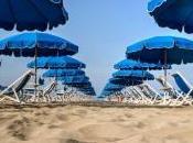 sharing economy arriva spiaggia Playaya. Ombrelloni last minute click