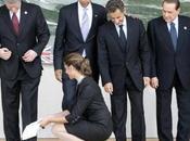 """Berlusconi detto Obama """"son perseguitato"""" Carla Bruni baciato"""