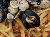 Napoli, ritorni mente scialatielli basilico sughetto tonno capperi