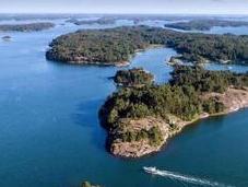 vacanza senza uomini: Supershe island, l'isola resort sole donne
