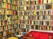 Libri, condivisione socialità: così sono nate biblioteche condominio