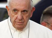 Papa: vita abbia primato sull'economia.