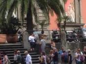 """Napoli, lunghe file MANN anche pioggia: l'effetto Stanotte Pompei"""""""