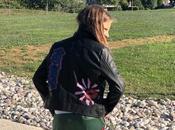 Pantaloni della tuta biker jacket. Look tendenza comodità