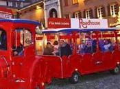 Natale centro storico Modena bambini trenino pista pattinaggio ghiaccio!