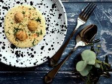 Idee l'antipasto delle feste: fonduta taleggio castagne rucola selvatica