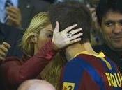 Shakira incinta Piqué: rete caccia gossip