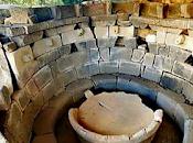 Archeologia. Oliena, Sardegna. edificio sacro rituali 3000 anni