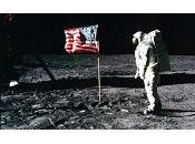 notte Terra girò intorno alla Luna