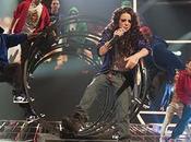 "Cher Lloyd canta live ""Swagger Jagger"" Beach"""