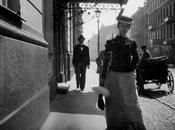 "passante"" Baudelaire Brassens, Pol, Andrè, Ferré), fugaci incontri metropolitani."
