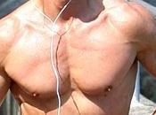 Piersilvio Berlusconi petto nudo jogging