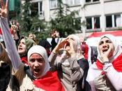Bashar presidente siriano, cerca mossa allentare tensione occidentale: creazione partiti dell'opposizione. respinta movimento democratico siriano dall'onu