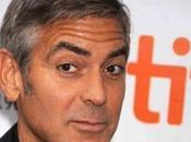 Stacy Keibler sfrattata George Clooney dopo twittata