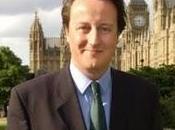 Inghilterra Cameron dice blocchiamo social network