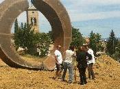 """Beverly Pepper: """"Brufa Broken Circle"""", Parco delle Sculture Brufa l'opera grande scultrice"""