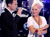 "BillBoard 100: Maroon Christina Aguilera vetta ""Moves Like Jagger"""